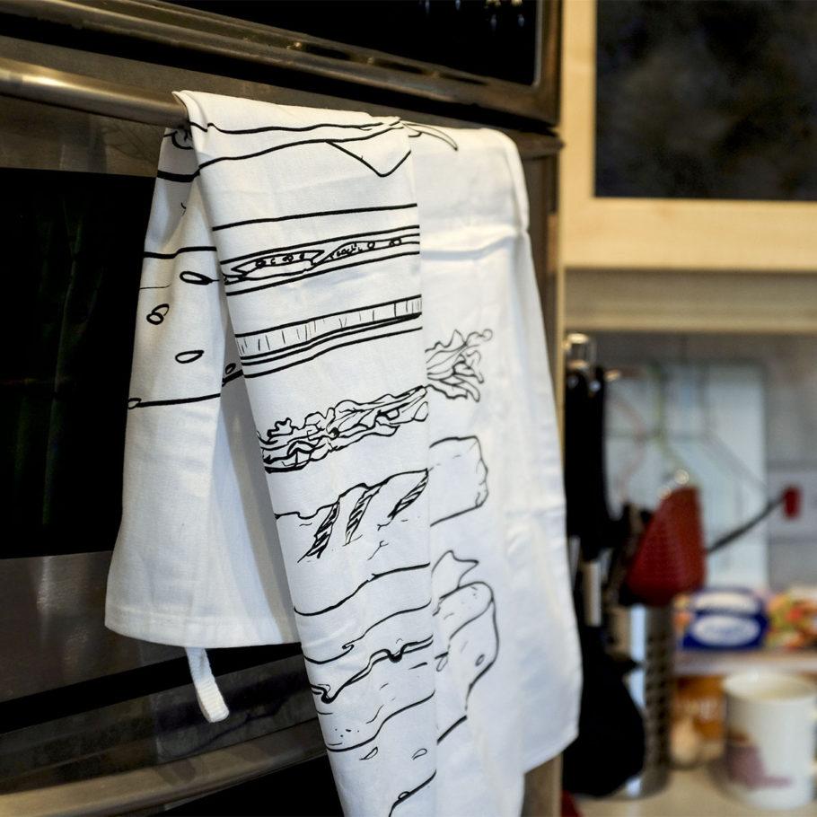 Burger tea towel by Things by us