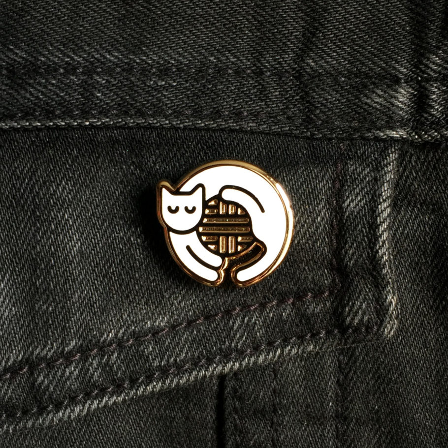 White cat enamel pin by Things by us